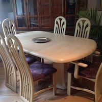 Dinning set table chairs & matching hutch  Westmount, H3Z 1T1