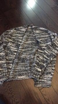 Gray and white knitted sweater  Mississauga, L5V