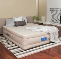 """17"""" Queen Air Bed Inflatable Mattress Built In Pump with Travel Bag"""