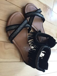 Cute Girls Sandals size 12 Pincourt, J7W