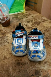Star wars light up shoes Brampton, L6S 1P7