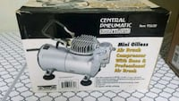 Air Brush Compressor w. Hose/Air brush  Woodstock, 22664