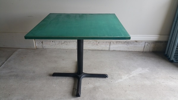 Table With Wood Top & Metal Base