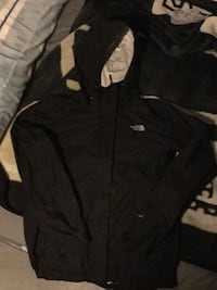 Black n white North Face windbreaker  Winnipeg, R2K