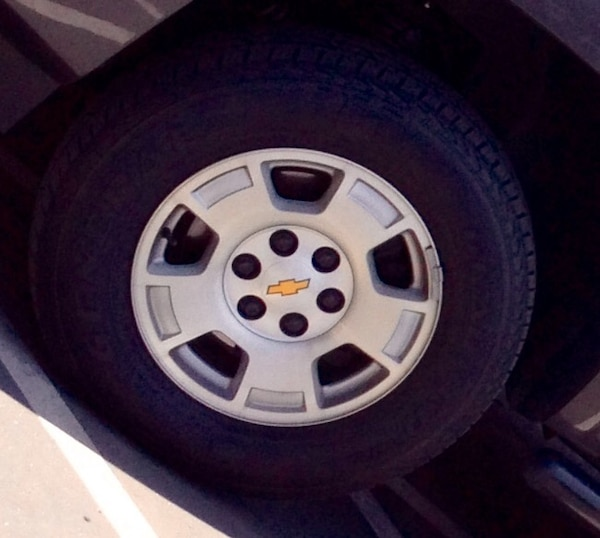 2007 2014 Chevy Silverado 17 Stock Rims Used Parts