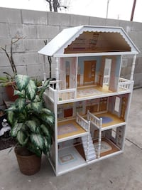Kid crafts  play house Whittier, 90605