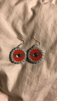 beaded earrings 1633 mi