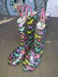 rain boots size 1 Stockbridge