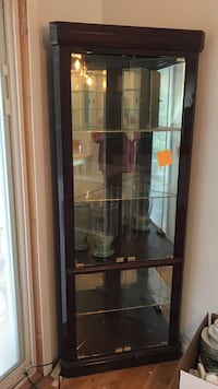 Lighted corner cabinet with mirror back Howell, 07731