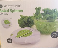 Salad mixer new in box