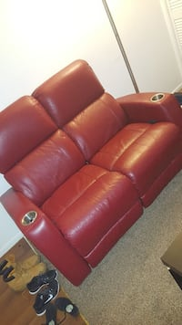 Movie theater red loveseat recliner  Altamonte Springs, 32701