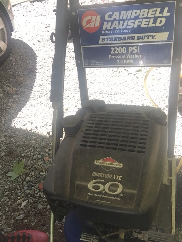 2200 psi pressure washer needs hose that's all  75obo