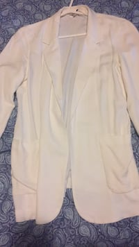 Aritzia Talula white blazer Richmond Hill, L4C 2V5