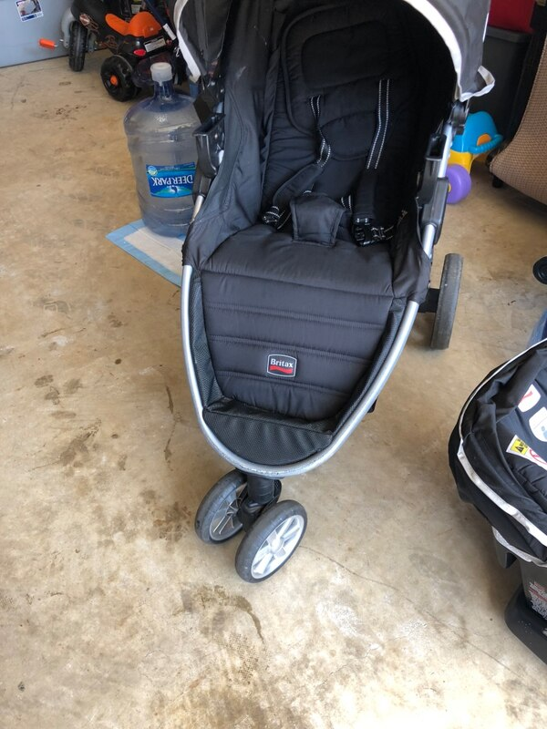 Black and gray jogging stroller