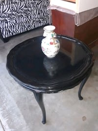 End table Thousand Oaks, 91320