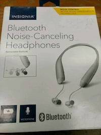 Insignia bluetooth noise-canceling headphones Edmonton, T6H 4E3