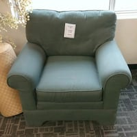 RA smart exp lounge chair Oakville, L6L 5N1