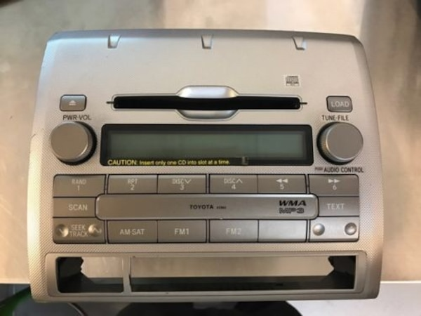 98-12 Toyota Tacoma OEM XM MP3 radio 6 CD Changer A51865