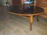 Queen Anne style Cherry wood oval coffee table  Lutz, 33549