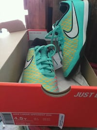 Boys Nike soccer shoes.  Barrie