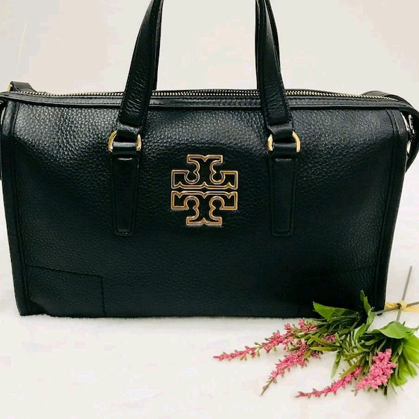 b9a93da7db2 Used Authentic Tory Burch Leather handbag for sale in Mississauga - letgo