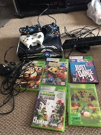 Xbox 360 kinetic bundle  Kitchener, N2M 2J6
