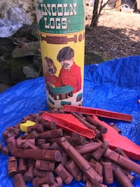 Lincoln logs from yesterday. Salem