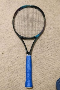 Pro Kennex widebody design graphite affnity 110 tennis raquet