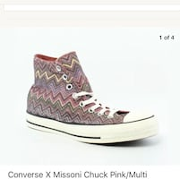 New ~ women's converse all star high tops ~ size 9.5