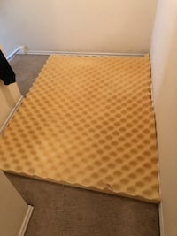 Queen size mattress pad (Pick up pending) Oklahoma City, 73013