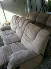 2 recliners couches for sale  3484 km