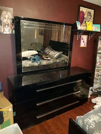 black wooden 3-drawer dresser with mirror Edmonton, T5P 0V9