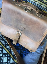 100% Full Grain Leather Bag Montréal, H3J 1G6
