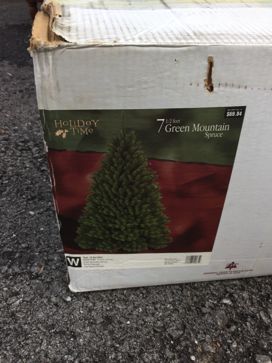 used holiday time 7 1 2 green mountain spruce box at 69 84 u s