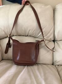 All leather Coach purse with adjustable strap Martinsburg, 25403