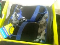 blue and black pet carrier Minot, 58701