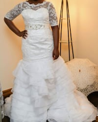 New Lace Wedding Dress - Price Negotiable!
