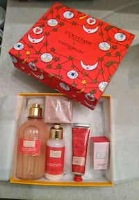 L'Occtitane Blooming Rose Dreams Gift Set