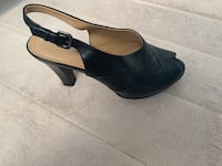 Naturalizer Brand New black heels 8 1/2 Wide 21 km