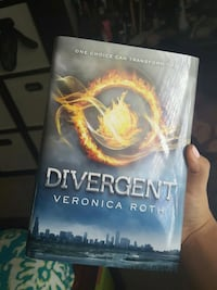 Divergent book by Veronica Roth Jacksonville, 32258