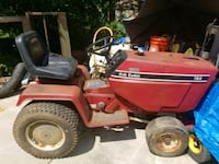 red and black ride on mower Vienna, 22180