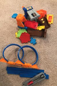 Vtech car track and hot wheels looping Vienna, 22181