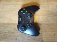 Xbox one controller with recharging pack  Belleville, K8P 3H9