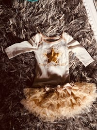New two outfits golden n silver upto 3 months  Calgary, T3K 6J7