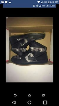 black and gray camouflage Nike high-top sneakers s