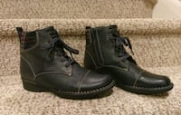 New Women's Size 7 Leather Clark's (Retail $125) 46 km