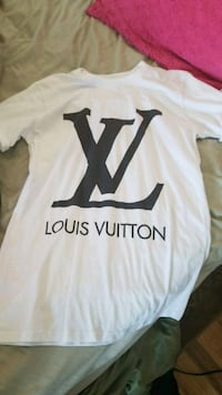 Louis vuitton shirt womans s Palmdale, 93551