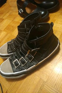 High top w buckles (used) Mississauga, L4T 3L6