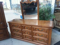 Thomasville 3pc bedroom set, will separate.. Crest Hill, 60403