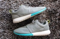 Grey & Sky Blue Nike Roshe Run men size 10.5  Lewisville, 75056